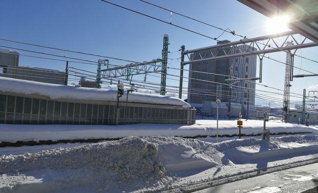 米沢駅のホーム
